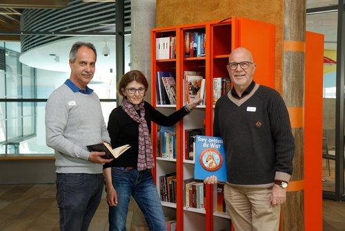 Kostenlose Mini-Bibliothek im Vitusbad lädt zum Lesen und Tauschen ein