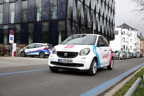 NEW lädt zum Aktionstag Elektromobilität auf den Rheydter Marktplatz